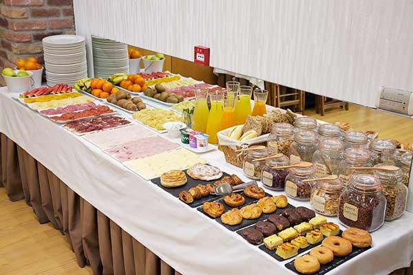 Desayunos hotel iriguibel