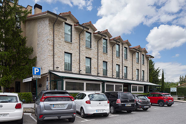 fachada-hotel-iriguibel